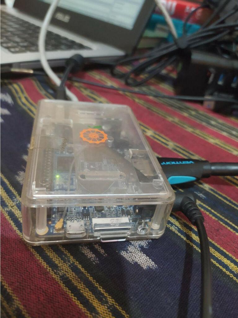 pasang microsd di orange pi pc masuk slot